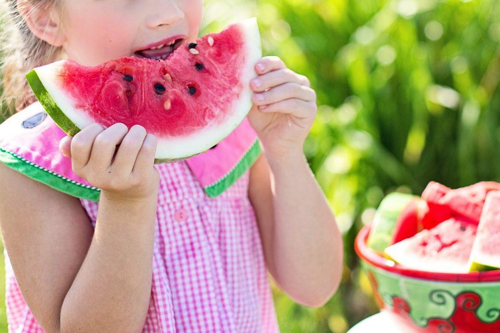 girl, eating, watermelon-846357.jpg
